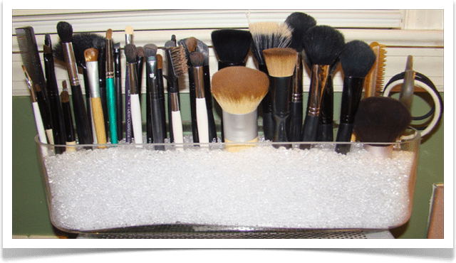 хранение кистей для макияжа