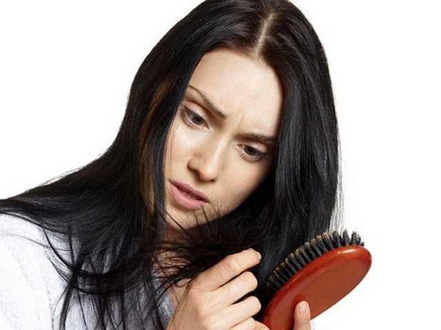 причины выпадение волос у женщин