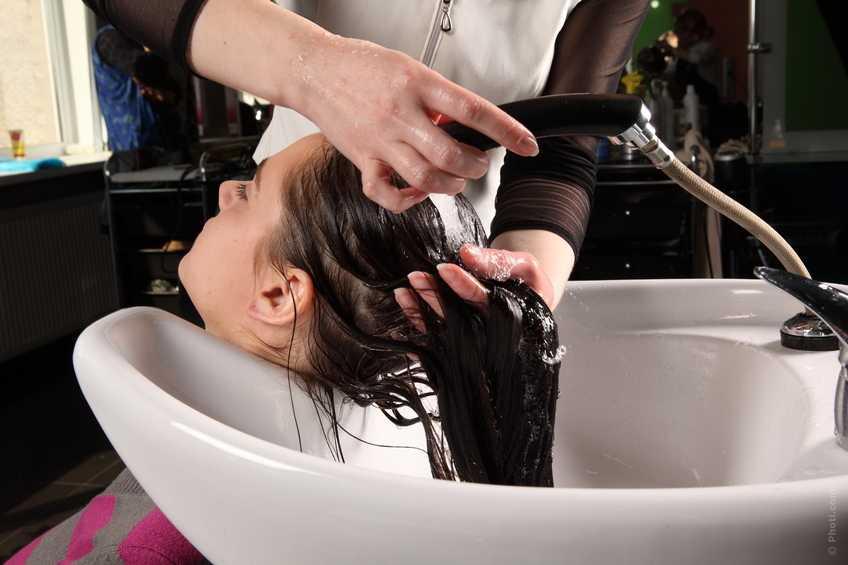 Как мыть волосы — правильная технология
