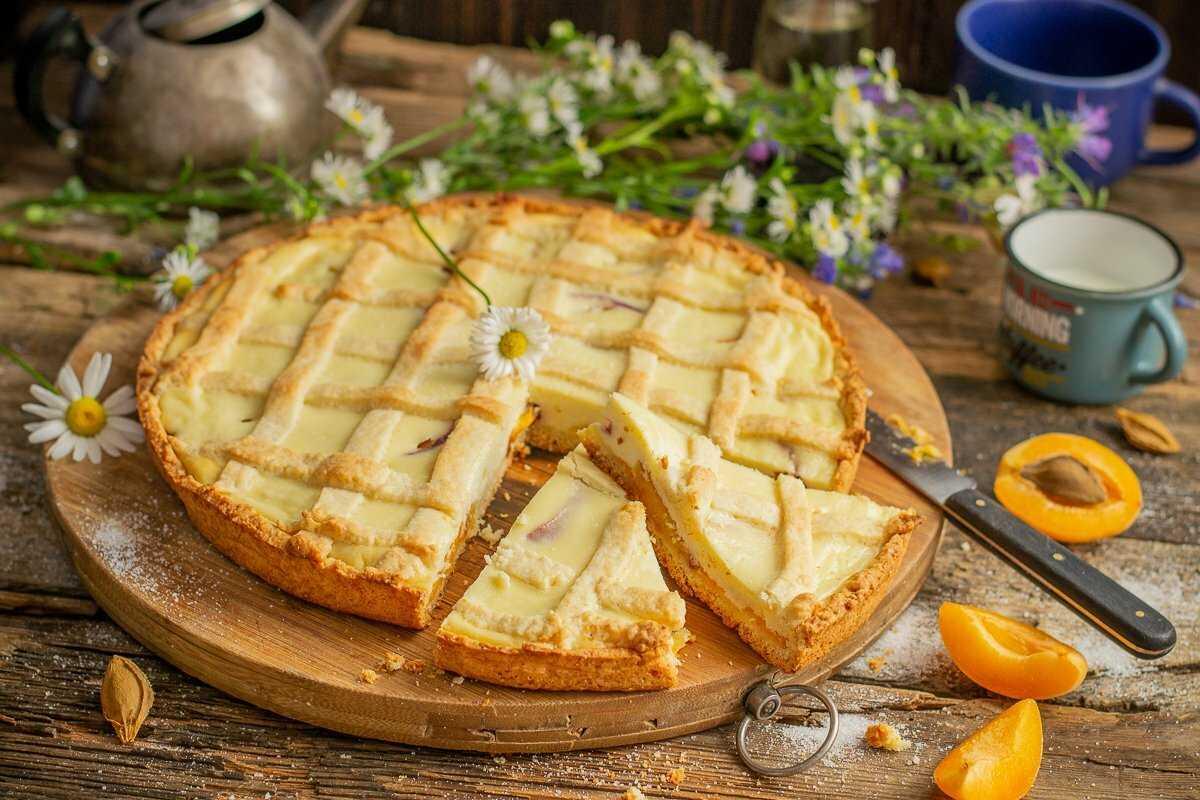 Творожный пирог с добавлением сухофруктов