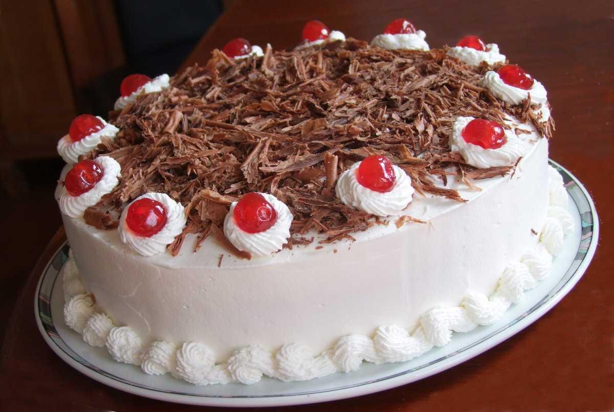 Новогодний торт «Зимняя вишня»