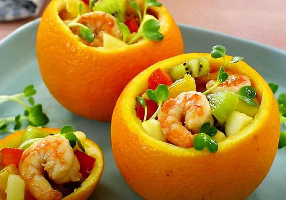 Салат «Праздничный» в апельсине