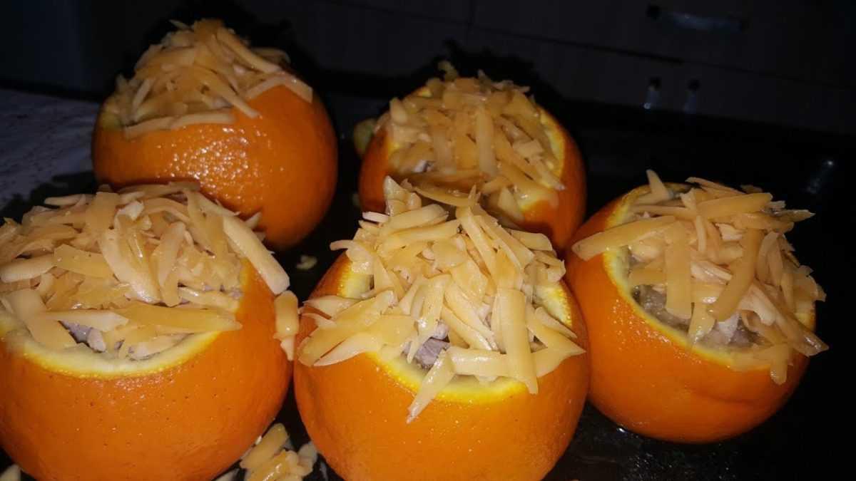 Салат с апельсином и телятиной