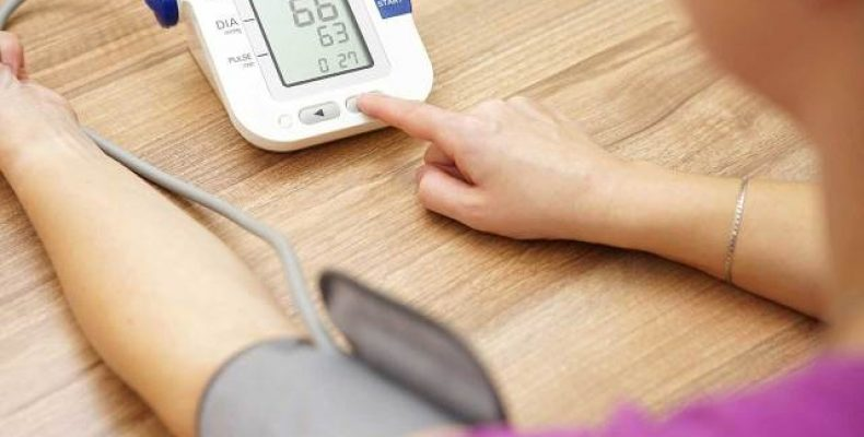 Как поднять артериальное давление в домашних условиях
